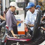 Xăng dầu lại tính chuyện tăng giá